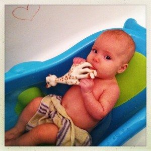 best baby gifts - a baby bath tub