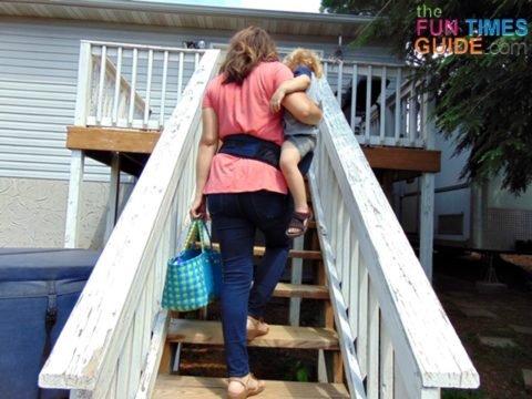 I love that I always have one hand (and arm!) free when I'm using this toddler hip seat carrier.