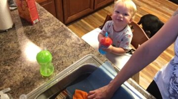 My toddler likes to be close by as I'm cooking and cleaning. I like knowing he's safe and comfortable in his sturdy Keekaroo high chair