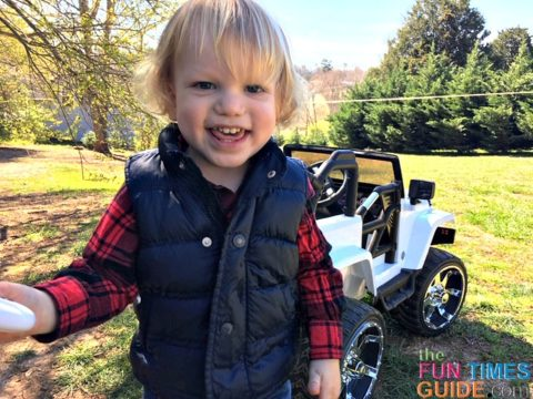 Now that he's 2 years old, my son is super excited to ride in the Big Toys Green Country Jeep.