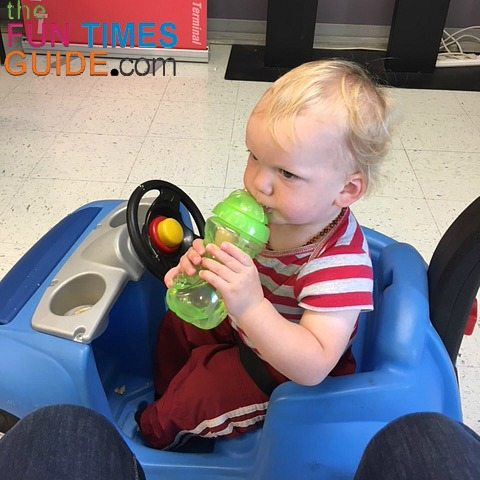The 2 cup holders are at toddler-height, making it easy for him to reach his sippy cup and snacks on the go.