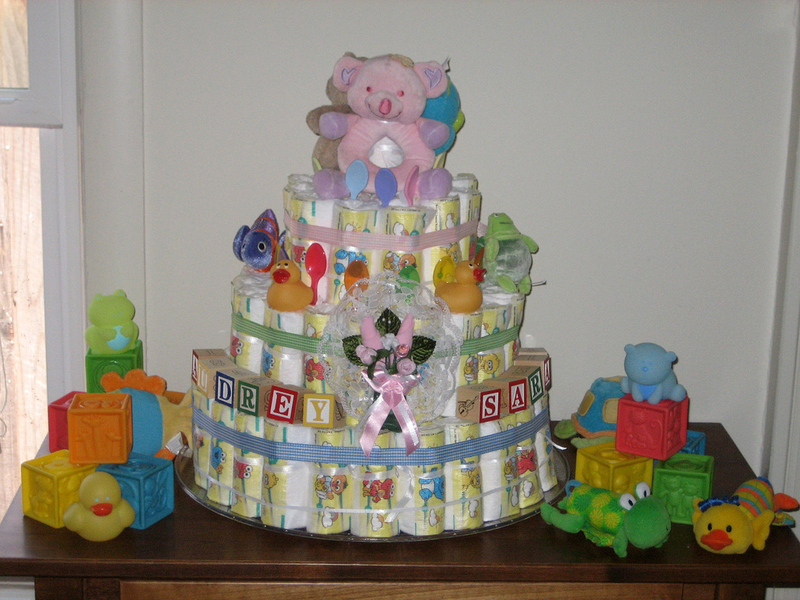 Diaper Cakes Make Great Baby Shower Gifts - How To Make Your Own!